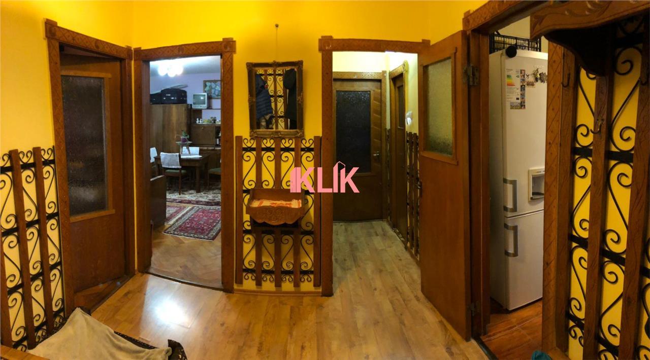 Apartament 3 camere decomandat etaj 3 zona Profi Sirena