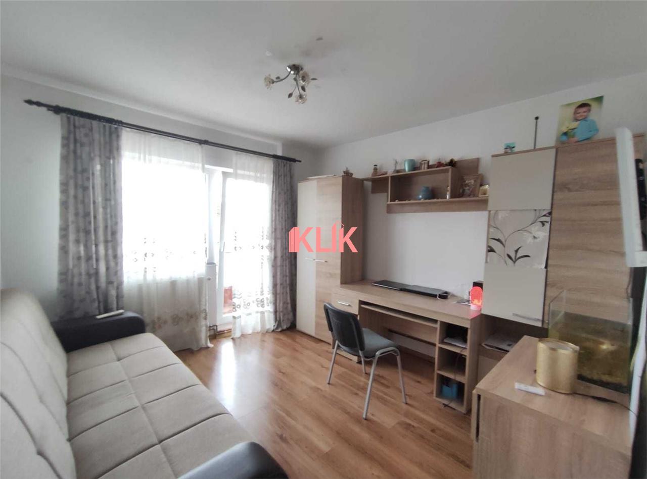 Apartament cu 3 camere decomandat, 3/4, 2 bai, 2 balcoane, Intre Lacuri!