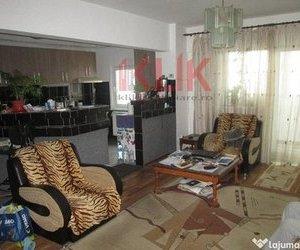 Apartament 4 camere confort sporit etaj intermediar zona Ion Mester
