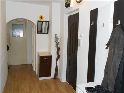 Apartament 2 camere decomandat etaj intermediar zona Profi