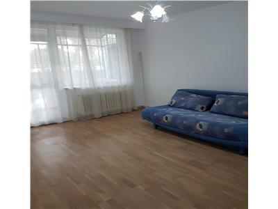 Apartament 3 camere decomandat zona Coloane