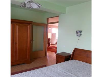 Apartament 3 camere decomandat zona Dorobantilor