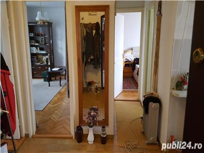 Apartament 3 camere decomandat zona Profi Mehedinti