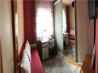 Apartament 3 camere zona Minerva ( McDonald's )