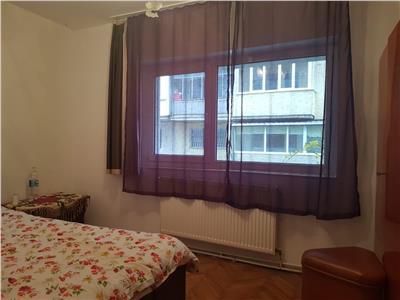 Apartament cu 3 camere decomandat zona Piata 14 Iulie Grigorescu