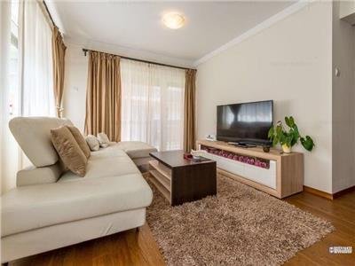 Apartament 4 camere decomandat lux