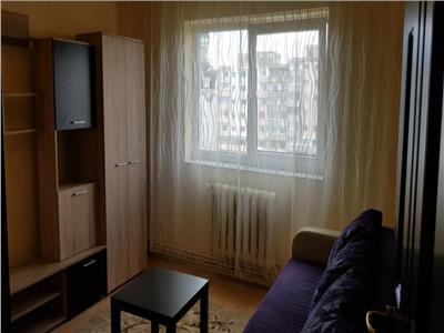 Apartament 3 camere decomandat zona Piata Ion Mester
