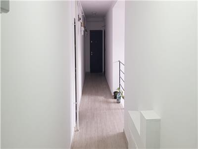 Apartament semifinisat cu parcare inclusa in curte privata