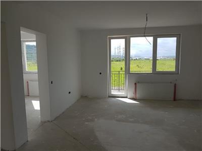 Apartament 3 camere semifinisat