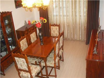 Apartament 4 camere decomandat etaj 1 zona Mogosoaia