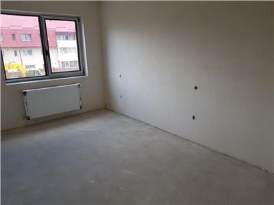 Apartament semifinisat 3 camere cu terasa de 10 mp in zona subcetate