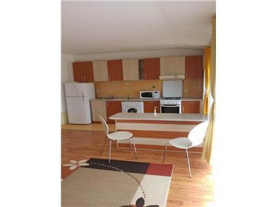 Apartament 2 camere central Floresti
