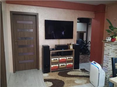 Apartament 3 camere mobilat si utilat, loc de parcare, etaj intermediar, Floresti!