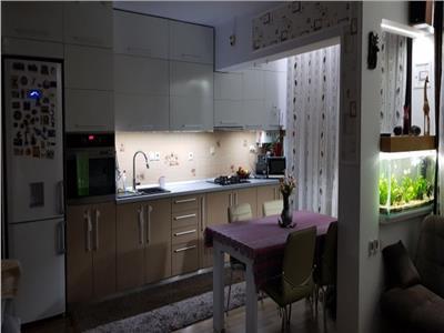 Apartament 3 camere cu loc de parcare in zona strazii Florilor Floresti
