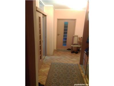 Apartament 2 camere decomandat etaj intermediar zona Calea Manastur