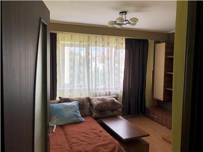 Apartament 4 camere decomandat etaj intermediar zona Cinema Dacia