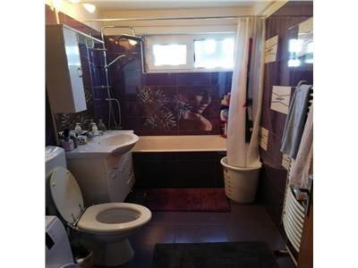 Apartament 4 camere decomandat confort 1