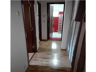 Apartament 3 camere zona BIG