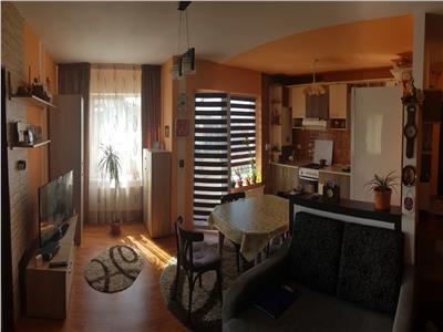 Apartament 3 camere mobiliat si utilat