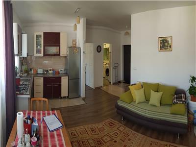 Apartament 2 camere mobilat si utilat cu parcare