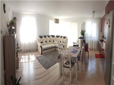 Apartament 2 camere mobilat si utilat cu parcare inclusa