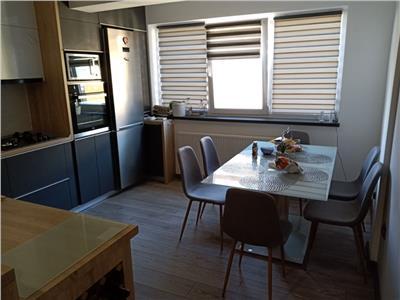 Apartament 2 camere ultra finisat cu garaj si parcare exterioara