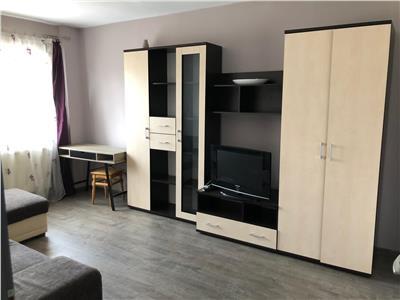 Apartament 2 camere decomandat etaj 2 zona Billa ( Penny )