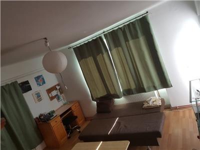 Apartament 2 camere de inchiriat semidecomandat