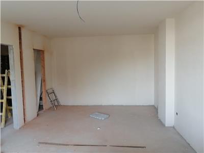 Apartament cu 2 camere decomandat in zona Clujana