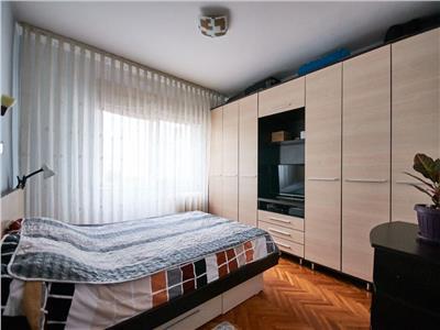 Apartament 3 camere decomandat etaj intermediar Manastur zona Calvaria