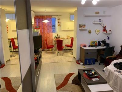 Garsoniera de lux in Manastur, etaj intermediar, zona str.Parang !