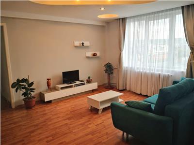 Apartament 3 camere etaj intermediar zona Centrala ( Piata Mihai Viteazu )