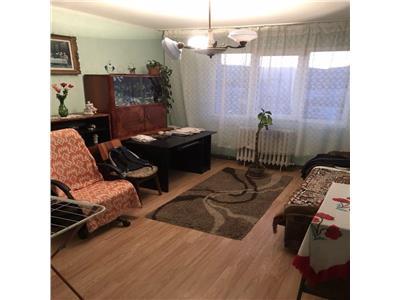 Apartament cu 3 camere in Manastur, etaj 3, zona Primaverii !