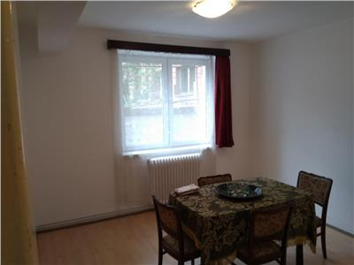 Apartament 3 camere in centru zona Horea