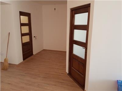 Apartament 2 camere finisat cu parcare in curte privata