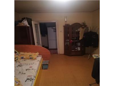 Apartament cu 2 camere in Grigorescu, etaj 2, zona Profi !