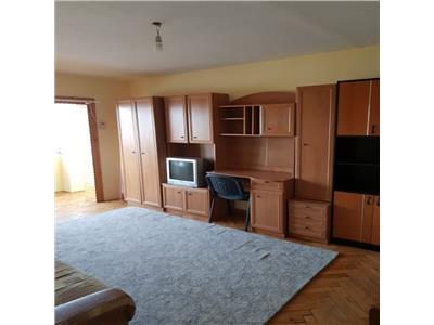 Apartament cu 3 camere in Gheorgheni, zona str.Titulescu !