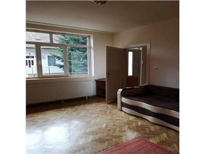Apartament cu 2 camere,51 mp, zona P-ta Avram Iancu !