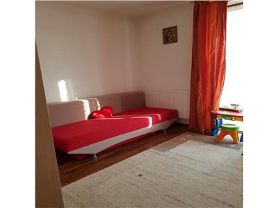 Apartament 3 camere, zona linistita si super accesibila, aproape de Lidl !!