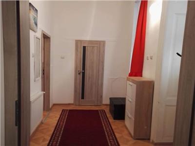 Apartament 2 camere decomandat zona Horea