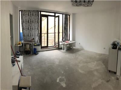 Apartament de vanzare etaj intermediar in Plopilor zona Parcul Rozelor