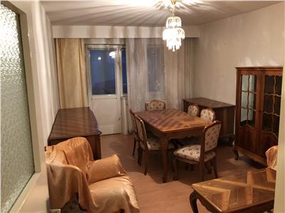 Apartament 3 camere decomandat in Manastur zona BIG Cocosul de Aur
