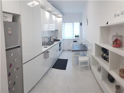 Apartament cu o camera ultrafinisat cu parcare