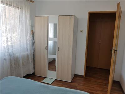 Apartament 2 camere etaj 3/4 in Manastur zona Casa Piratilor