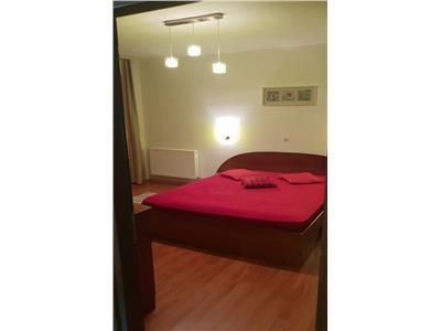 Apartament 2 camere, etaj intermediar + parcare, finisat, mobilat !