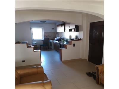 Apartament cu 4 camere la etaj intermediar in zona Cinema Marasti