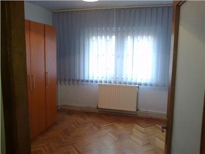 Apartament cu 4 camere si garaj in zona The Office Marasti