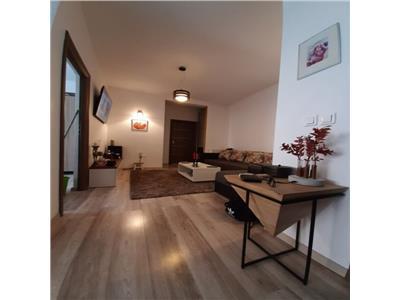 Apartament 3 camere ultrafinisat cu parcare inclusa
