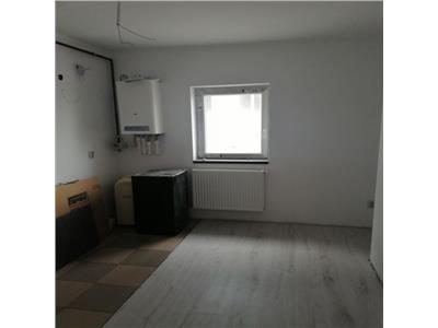 Apartament 2 camere, etaj intermediar, proaspat renovat !