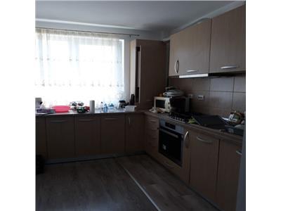 Apartament 2 camere decomandate, etaj intermediar, finisat, mobilat !